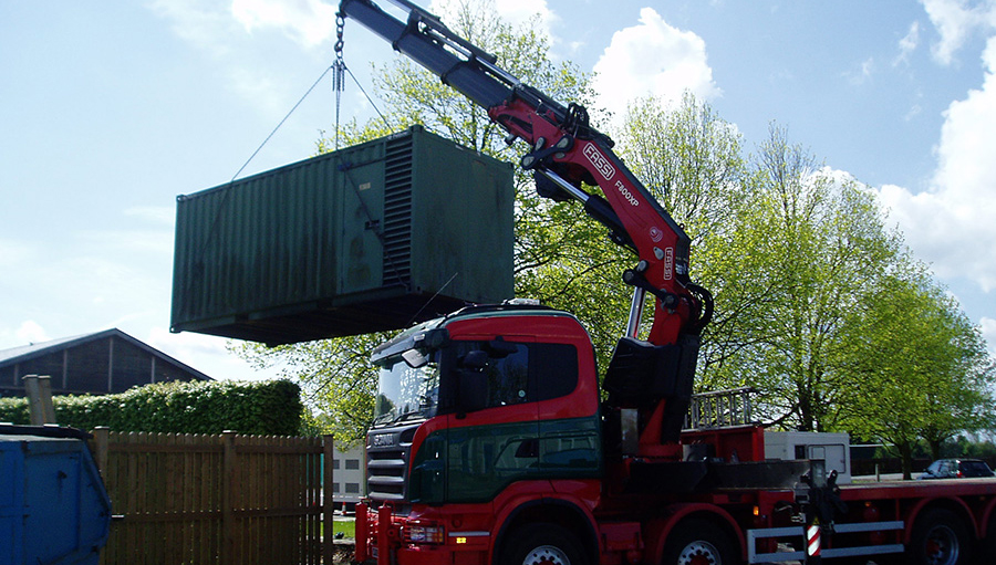 RS French crane and container unit