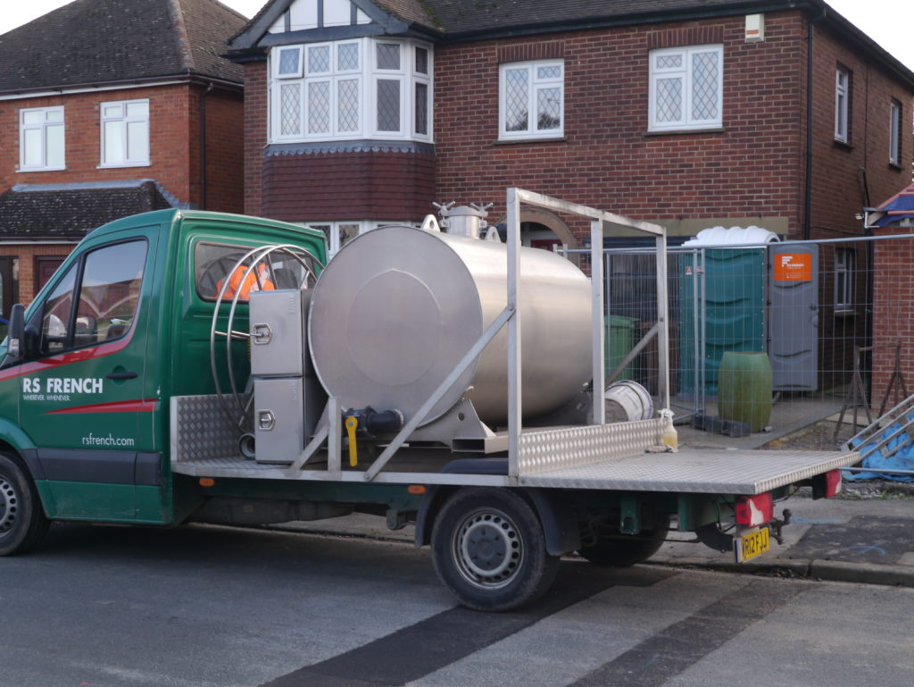 RS French chemical toilet servicing
